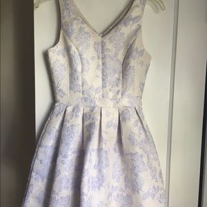 GORGEOUS lilac floral dress!